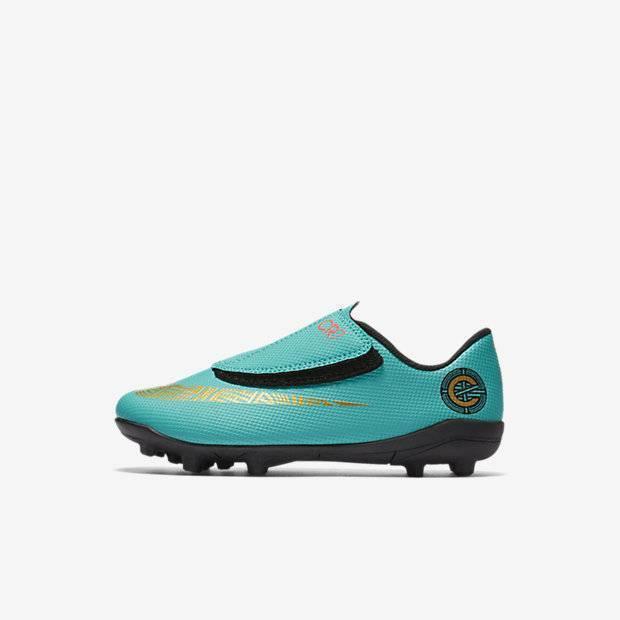 7178ac30 Футбольные бутсы для игры на разных покрытиях для малышей/дошкольников Nike  Jr. Mercurial Vapor XII Club CR7 MG детям